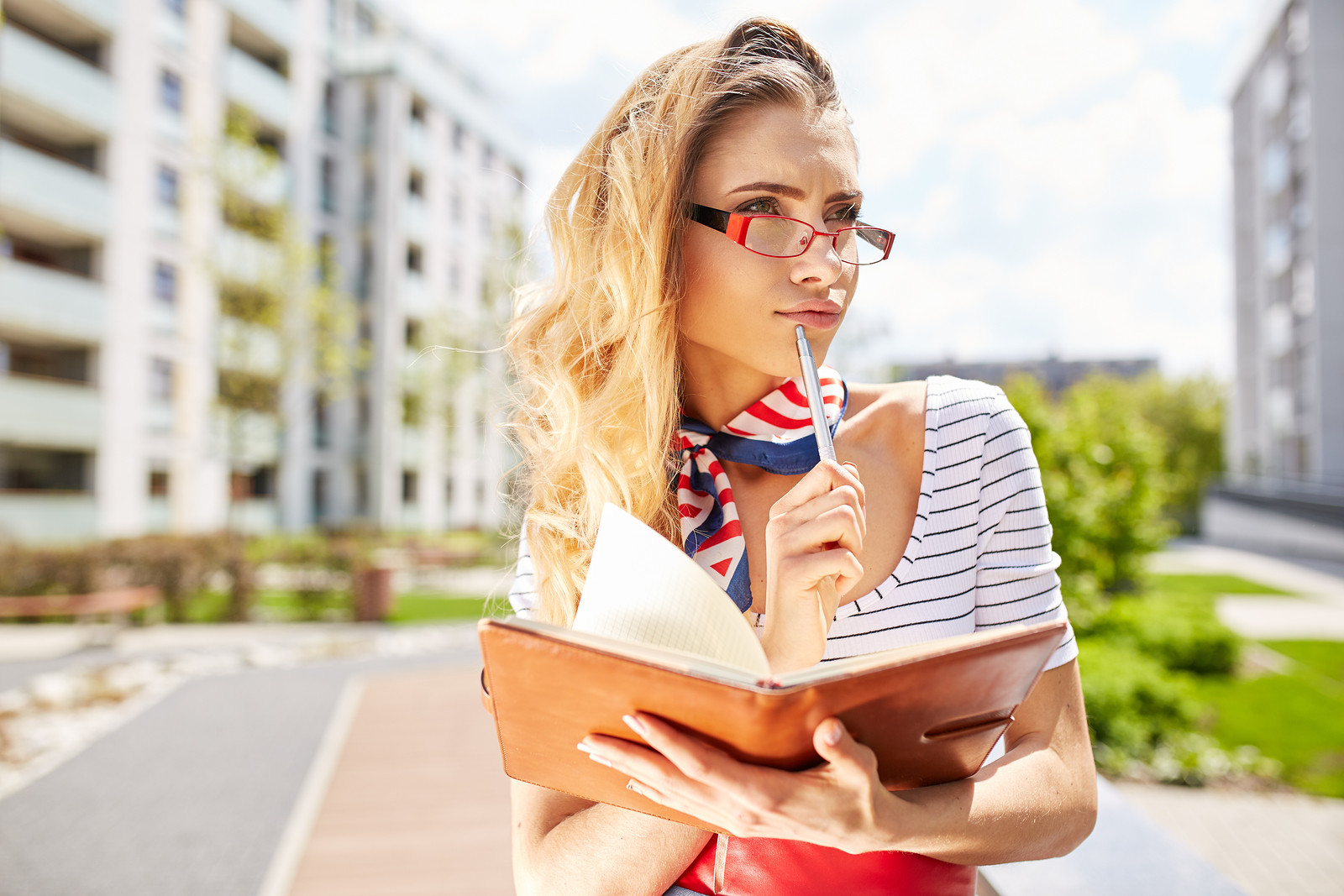 most lucrative summer seasonal jobs for college students