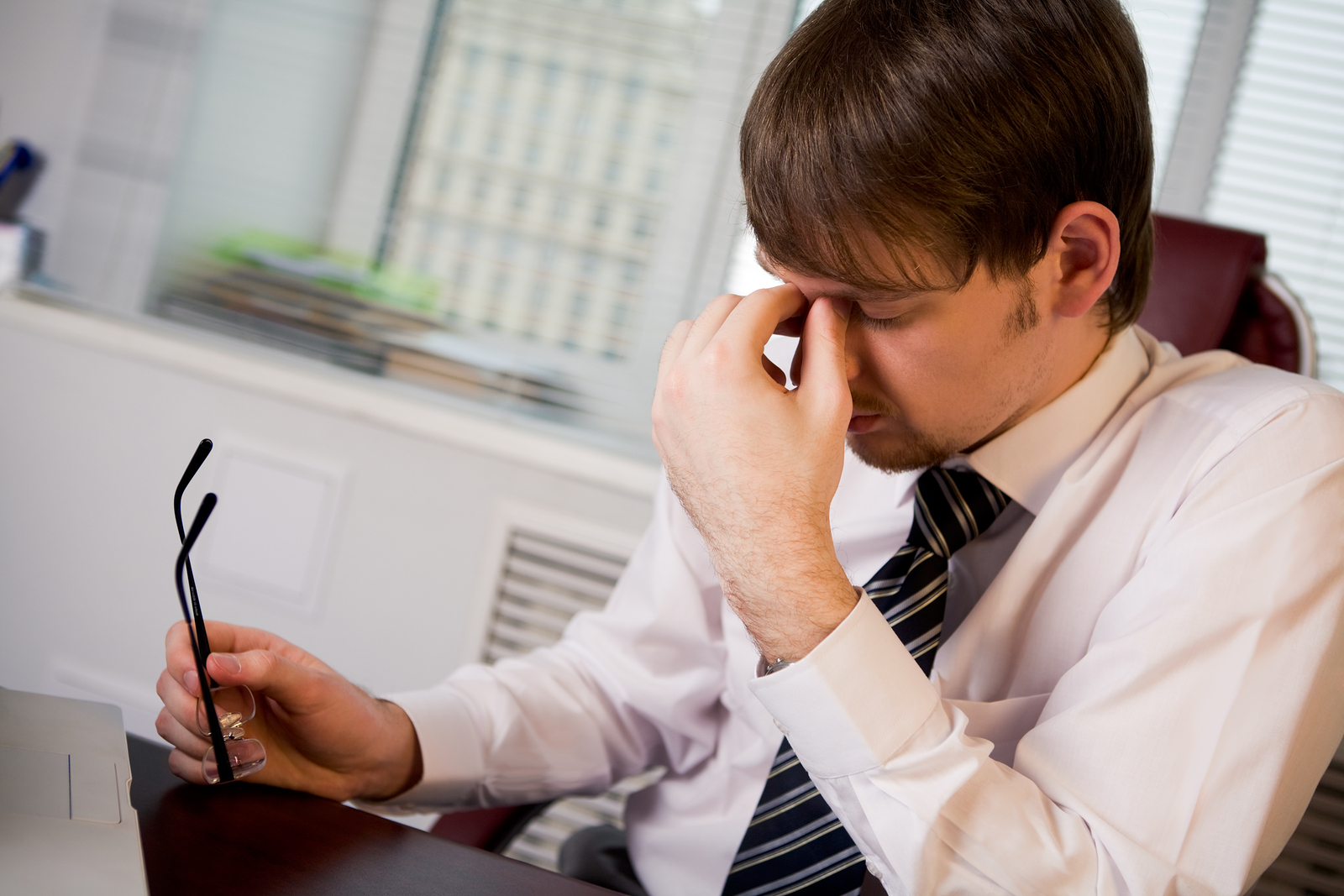 How Should Employers Address Personal Issues in the Workplace?